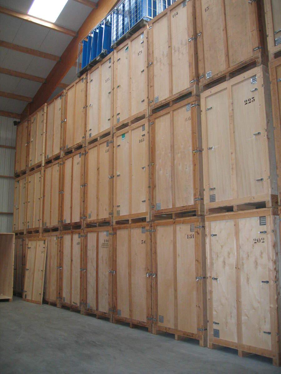Stockez vos meubles en toute s curit bretagne mac for Garde meuble box yverdon